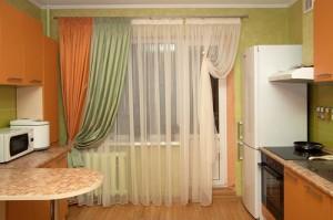 Вибираем шторы на кухню